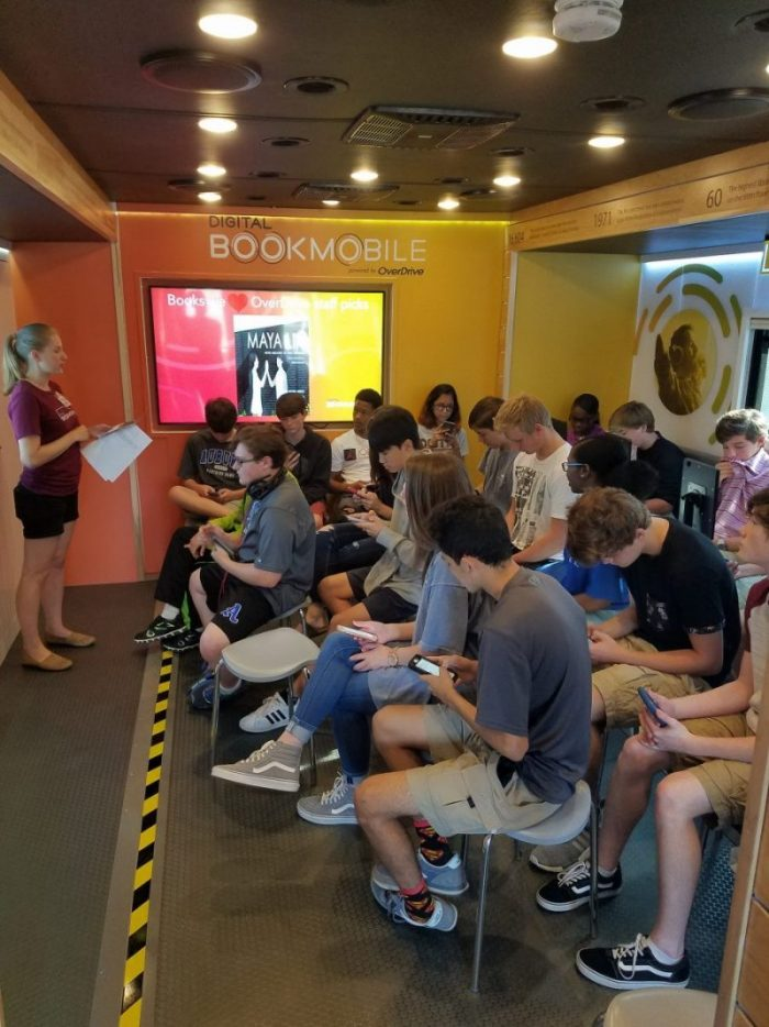 Top 3 Features Students Learn on the Digital Bookmobile
