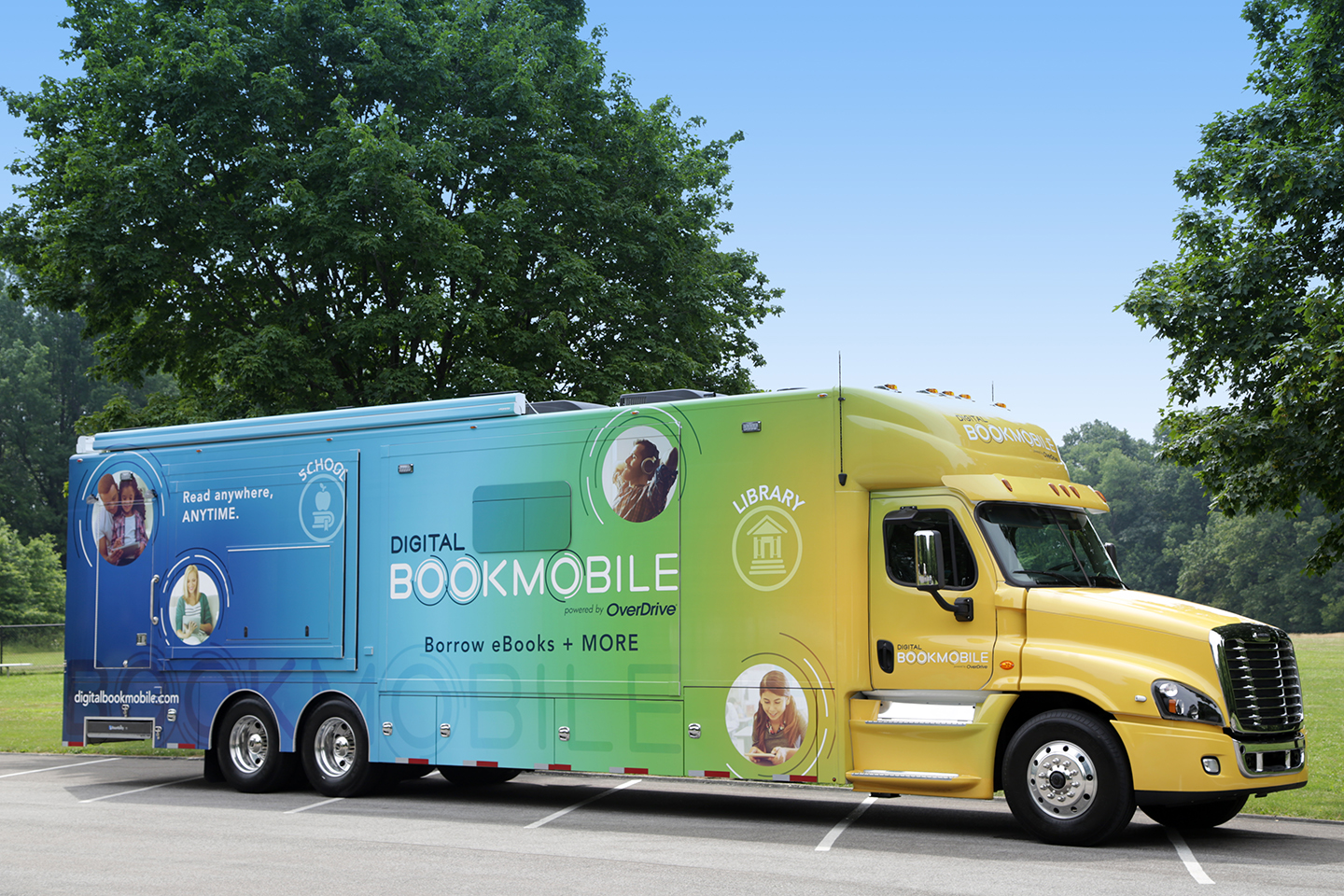 Digital Bookmobile Makes Its Way To Phoenix Area Libraries